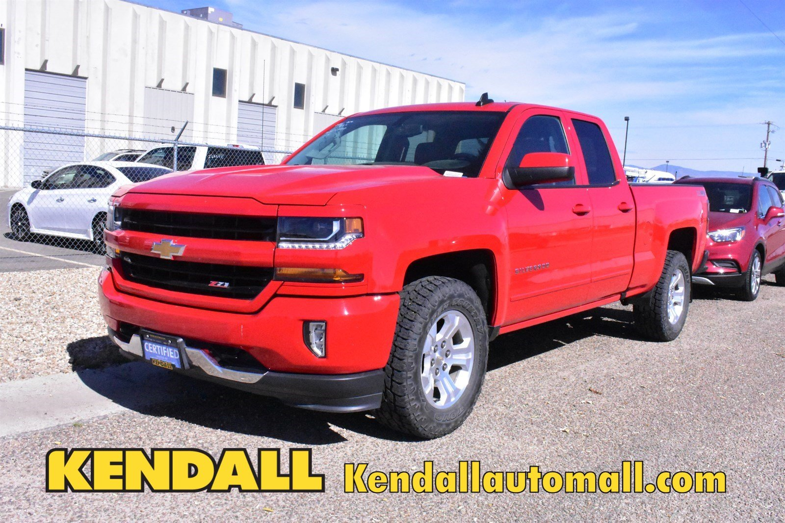 Certified Pre-Owned 2017 Chevrolet Silverado 1500 LT4WD