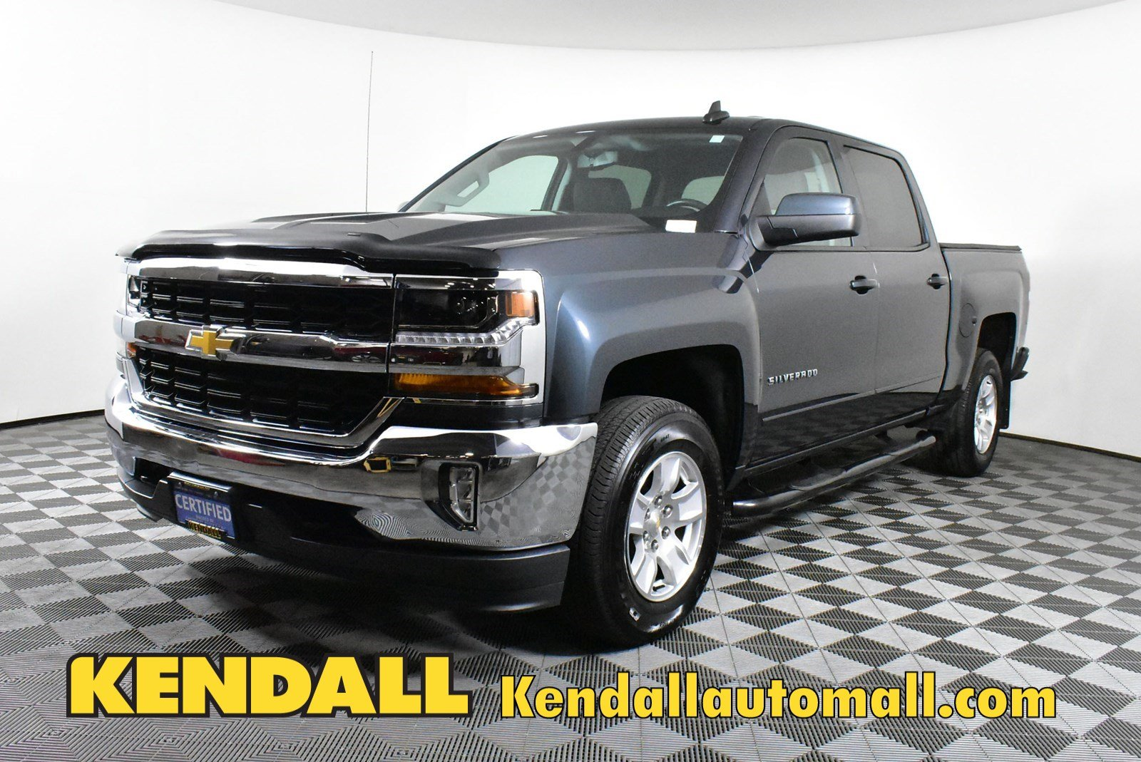 Certified Pre-Owned 2018 Chevrolet Silverado 1500 LT4WD
