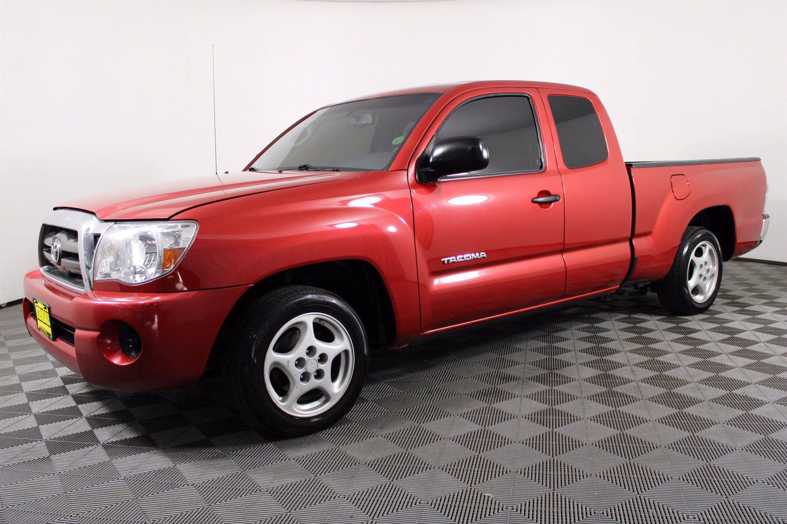 Pre-Owned 2009 Toyota Tacoma 2WD EXTRA CAB MT